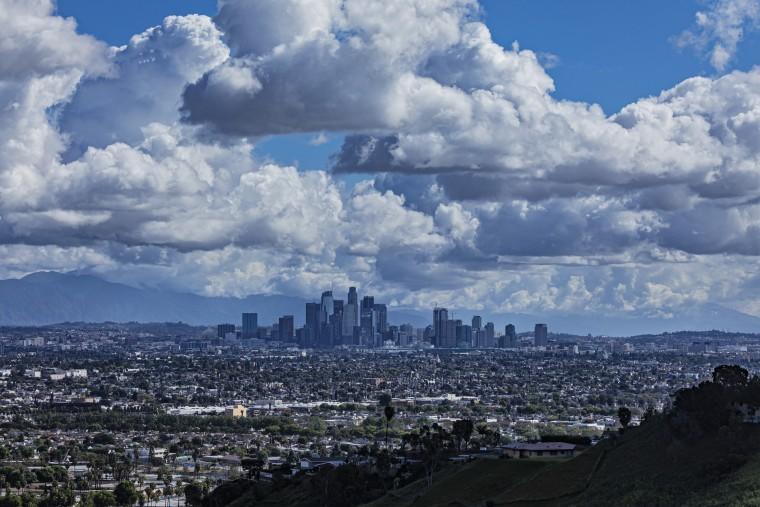 Image: Los Angeles Air