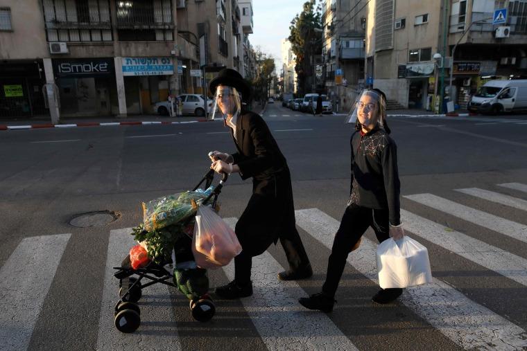 Image: Ultra-Orthodox Jewish youths