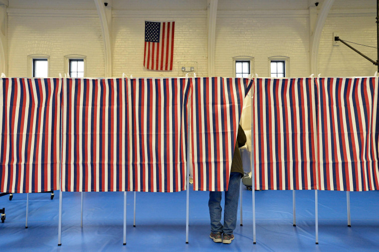 Image: New Hampshire primary voting