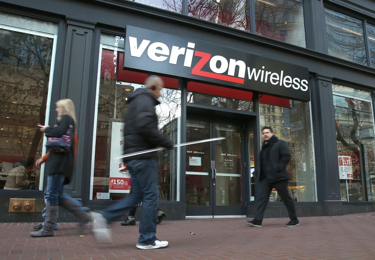 Image: Verizon Wireless store in San Francisco