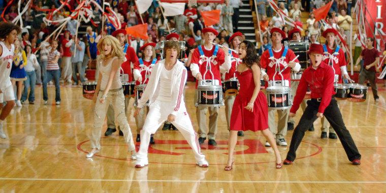 HIGH SCHOOL MUSICAL, Ashley Tisdale, Zac Efron, Vanessa Anne Hudgens, Lucas Grabeel, 2005, (C) Disney