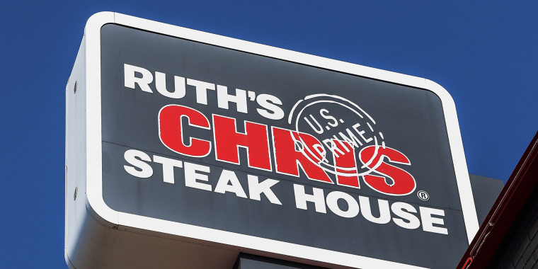 Ruth's Chris Steak House, sign and logo