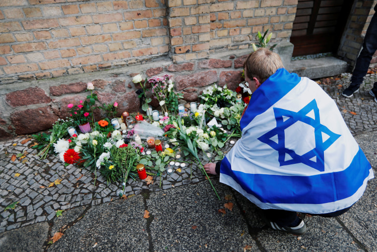 Image: German synagogue attack aftermath