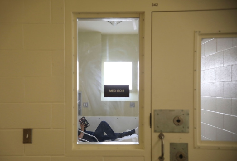 Image: Las Colinas Women's Detention Facility