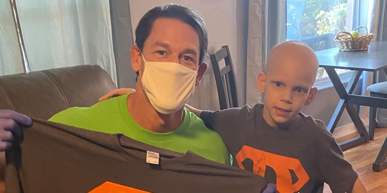 John Cena paid a visit to the Florida home of 7-year-old David Castle, who's been diagnosed with Wilms tumor.