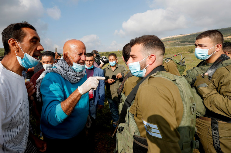 Image: Protest against Israeli settlements amid concerns about the spread of the coronavirus disease (COVID-19) in the Israeli-occupied West Bank?EUR(R)