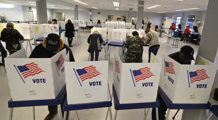 Image: Cleveland vote poll station