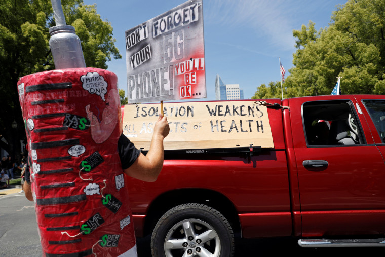 Image: Protest calling for the reopening of California