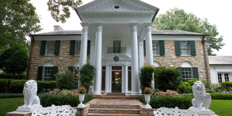 graceland mansion memphis tennessee usa