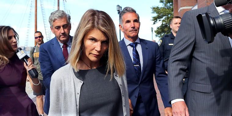 Lori Loughlin, Mossimo Giannulli Appear In Boston Courthouse