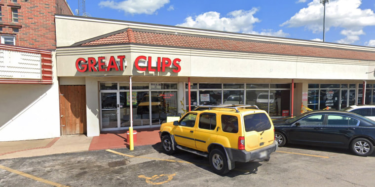 Great Clips, 1864 S. Glenstone Ave., Springfield, Missouri.
