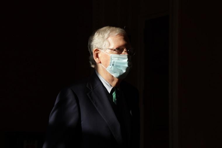 Image: Senate Returns To Capitol Hill During Coronavirus Pandemic