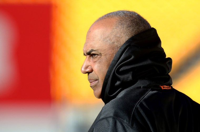 Image: Cincinnati Bengals head coach Marvin Lewis before a game against the Pittsburgh Steelers in 2018.