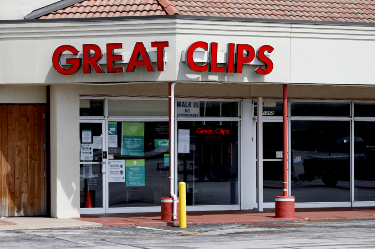 Missouri Great Clips where 2 stylists worked while infected with coronavirus closes after threats