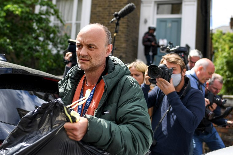 Image: Dominic Cummings, chief advisor to British Prime Minister Boris Johnson, leaves his home in London on May 24, 2020.