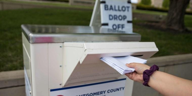 Image: US-HEALTH-VIRUS-POLITICS-VOTE-ELECTION