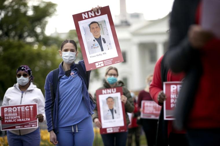 Image: Nurse's Protest Outside White House