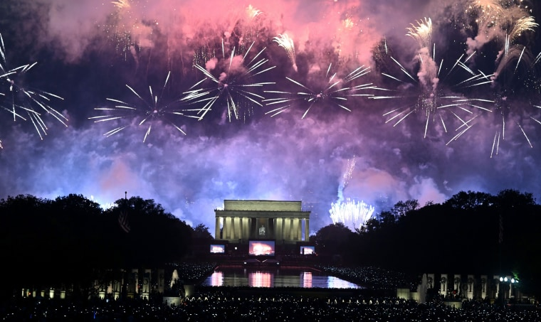 Image: Fireworks explode over the Lincoln Memorial at the Fourth of July celebration in Washington on July 4, 2019.