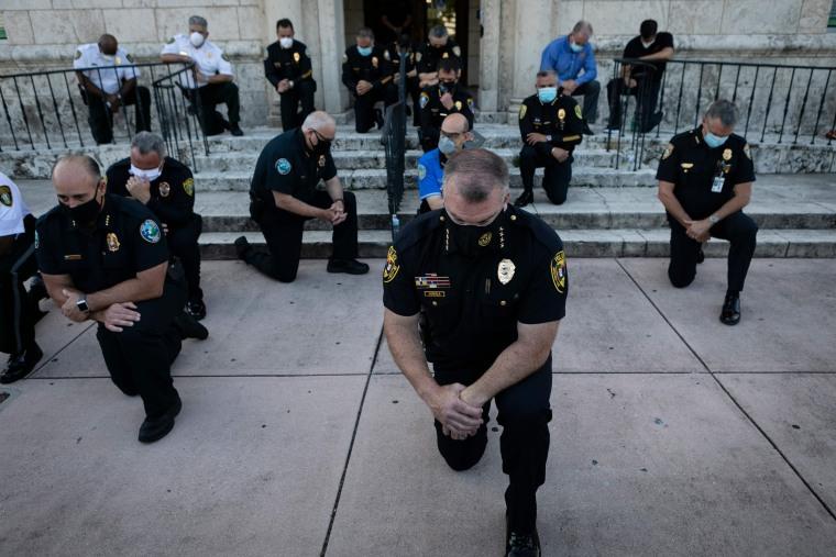 Image: TOPSHOT-US-POLITICS-POLICE-JUSTICE-RACISM