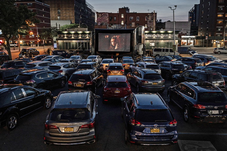 The Coronavirus Emptied Movie Theaters But It S Resurrecting The Drive In