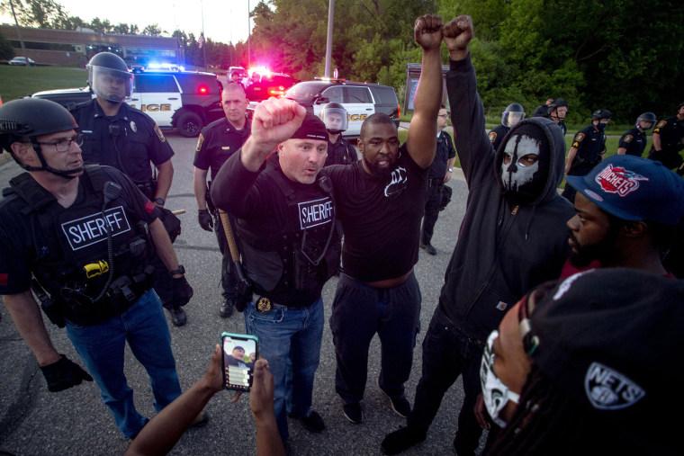 Image: Flint Michigan Deputy
