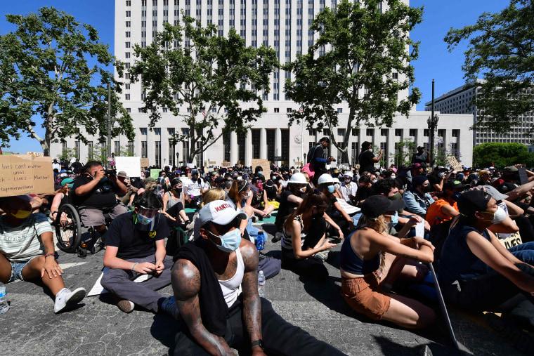 Image: Los Angeles sit-in