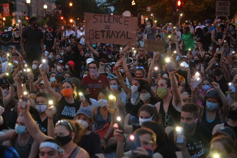 Not going to be peace in the streets': D.C. protesters vow to persist and  defy Trump