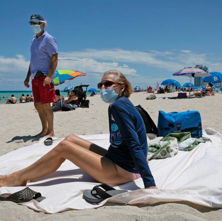US-HEALTH-VIRUS-TOURISM-ECONOMY-tourism-health-epidemic-pandemic