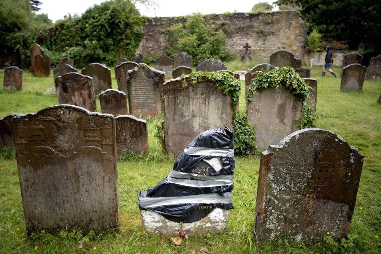 Image: Headstone Of Enslaved African Man Vandalised In Bristol