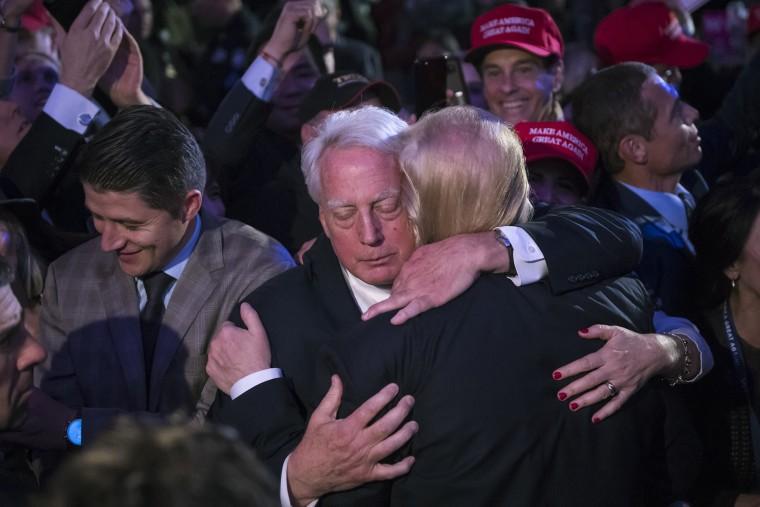 Image: Robert Trump, Donald Trump, hug