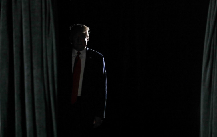 """Image: U.S. President Donald Trump arrives to deliver an \""""Address to Young Americans\"""" in Phoenix, Arizona"""
