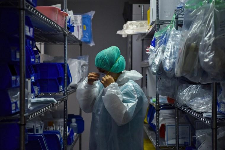 Image: Coronavirus disease (COVID-19) patients are treated in Houston