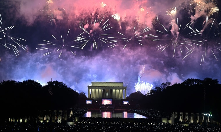 Image: Fireworks explode over the Lincoln Memorial during the Fourth of July celebrations in Washington