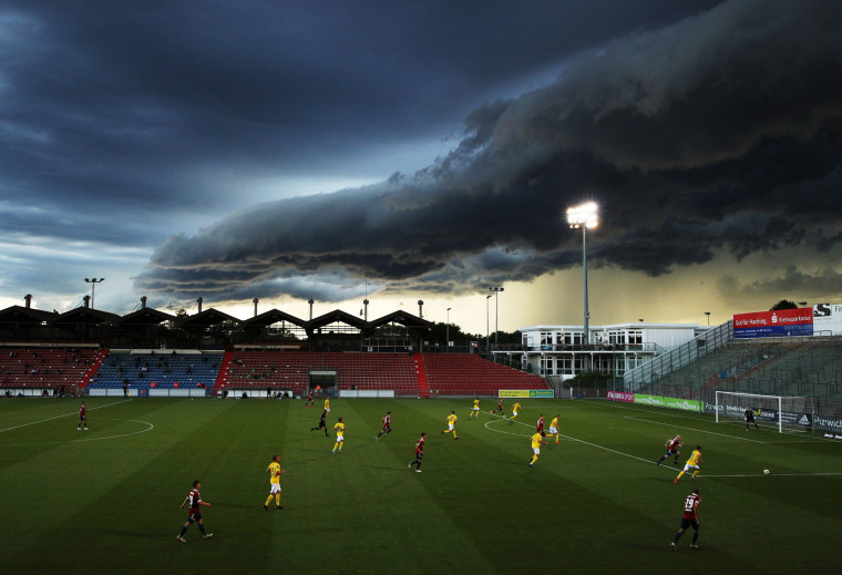 Image: *** BESTPIX *** SpVgg Unterhaching v FC Carl Zeiss Jena - 3. Liga