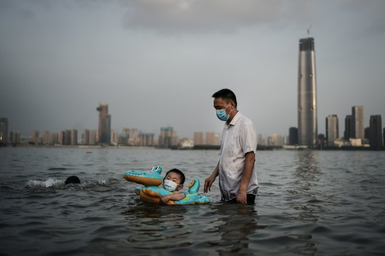 Image: *** BESTPIX *** Daily Life In Wuhan After Coronavirus Outbreak