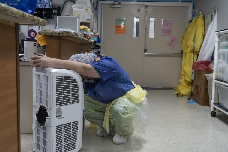 Image: *** BESTPIX *** Texas Hospitals Cope With State's Surge In Coronavirus Cases