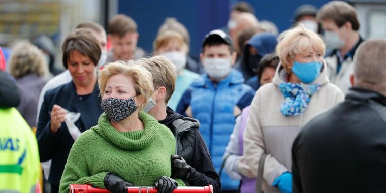 Kaliningrad opens non-food stores amid COVID-19 pandemic
