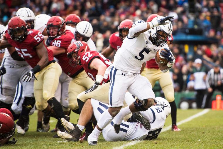 Image: Yale v Harvard football