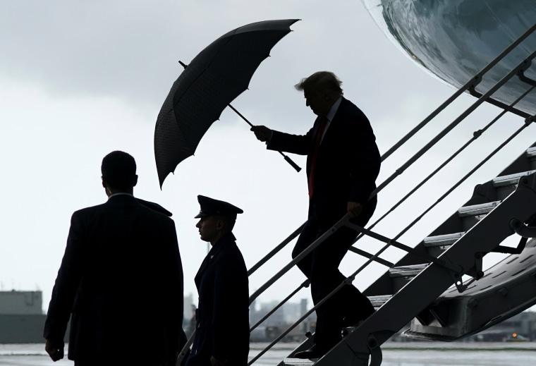 Image: Trump arrives in Fort Lauderdale,  Florida