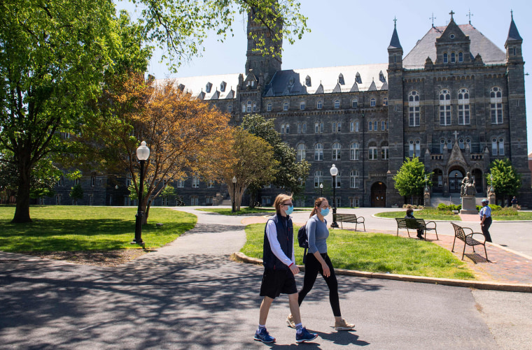 Image: The nearly empty Georgetown University campus as classes were canceled due to the coronavirus pandemic in Washington