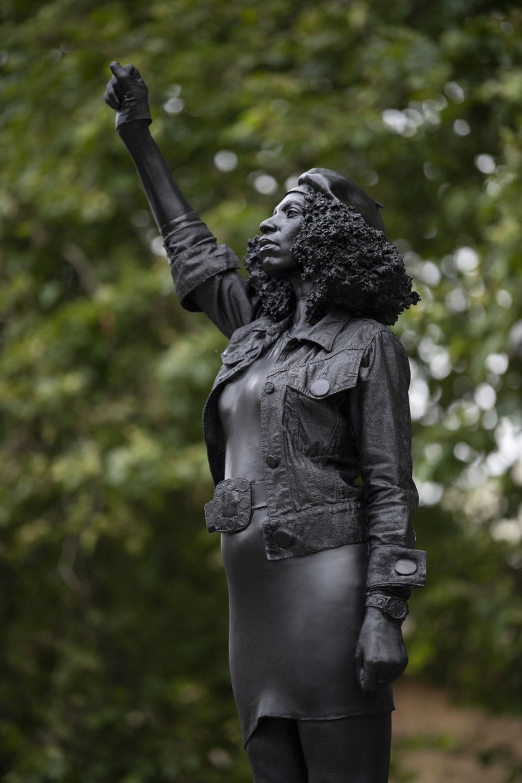 British slave trader statue replaced by sculpture of Black Lives ...