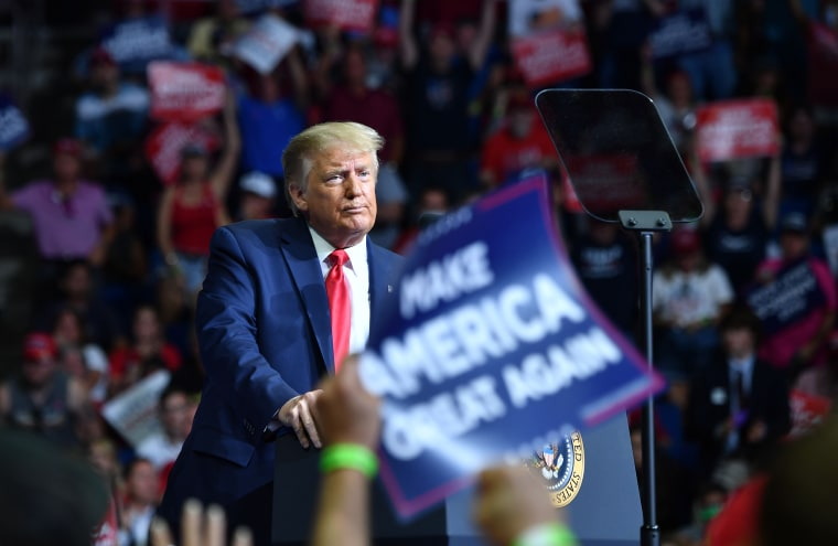 Image: US-POLITICS-TRUMP-VOTE-2020