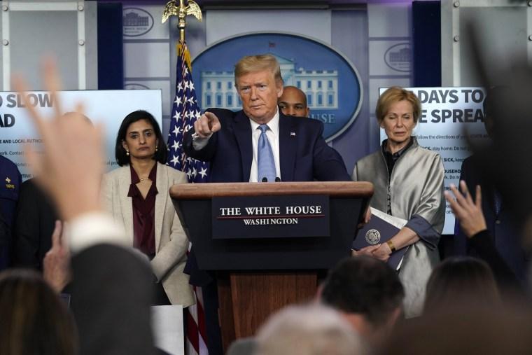 Image: Donald Trump coronavirus briefing