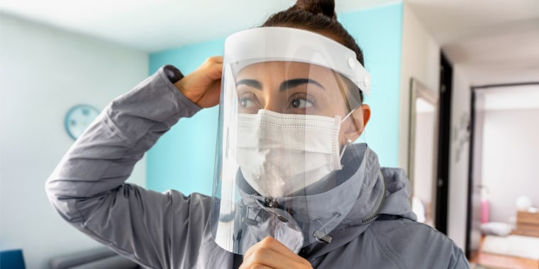 Medical experts recommend wearing a face shield only with a face mask beneath it. We got their guidance on how to choose the best face shield and found the best options online.