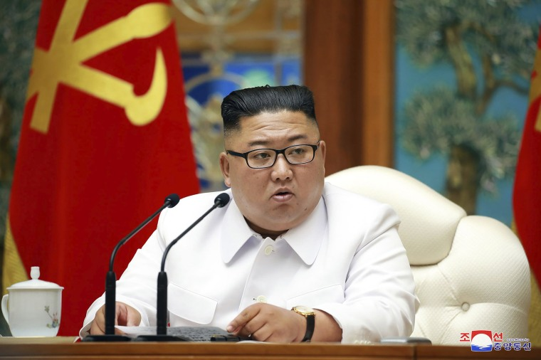 North Korea's Kim Jong Un calls emergency meeting after first suspected  coronavirus case, state media reports