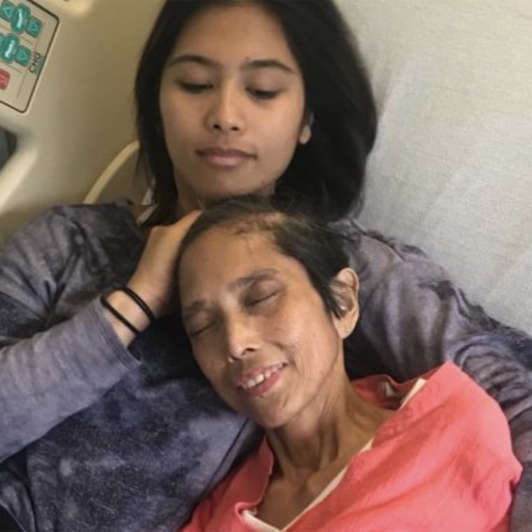 Mara Soriano is pictured with her mother, Marilyn Soriano, who died in 2019.