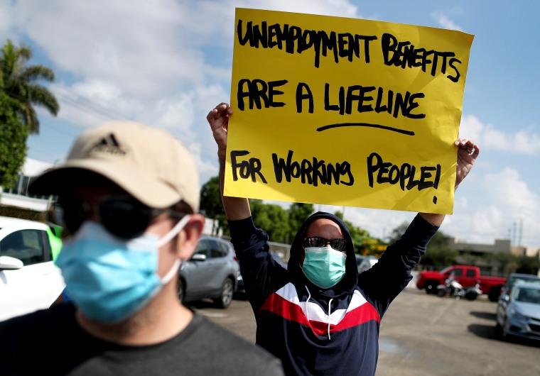 Image: Workers Caravan In Florida Calls On US Senate To Extend Unemployment Benefits