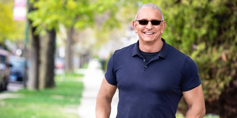 "Host Robert Irvine revamps the plot of ""Restaurant: Impossible"" in a spinoff series focused on helping restaurants during the pandemic."