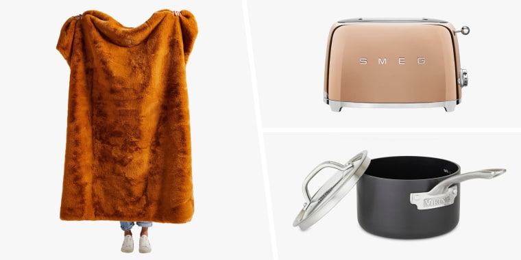 Nordstrom Anniversary Sale 2020: Home goods and kitchen appliances. Shop the best deals and discounts on blankets, pillows, bedding, toasters, glassware, pots and pans and more.