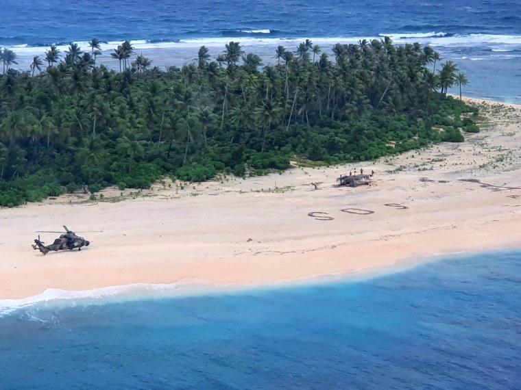 Image: Sailors stranded on a Micronesian island
